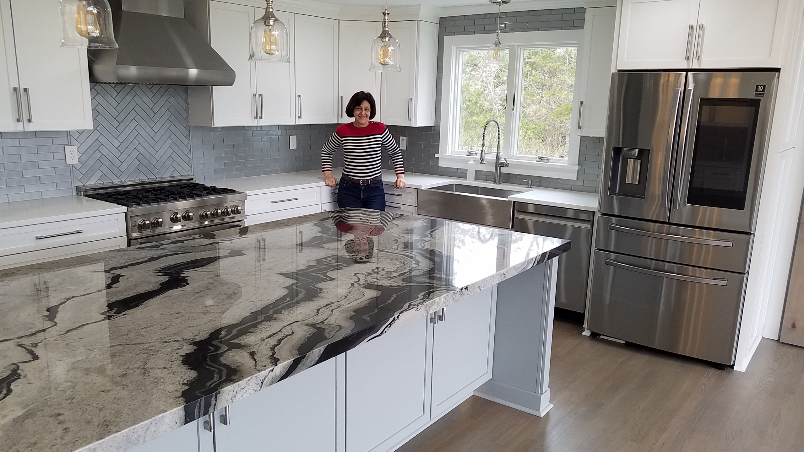 Trumbull Transitional Gray Kitchen, Shaker Cabinets, Snakeskin Granite Countertops